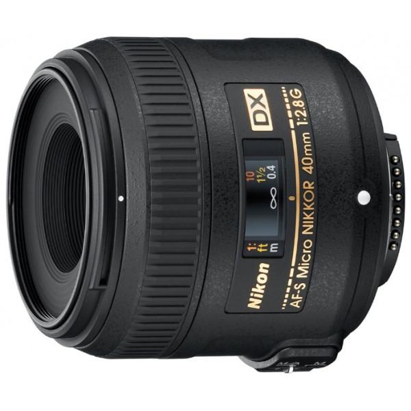 Nikon 40mm f/2.8G AF-S DX Micro Nikkor