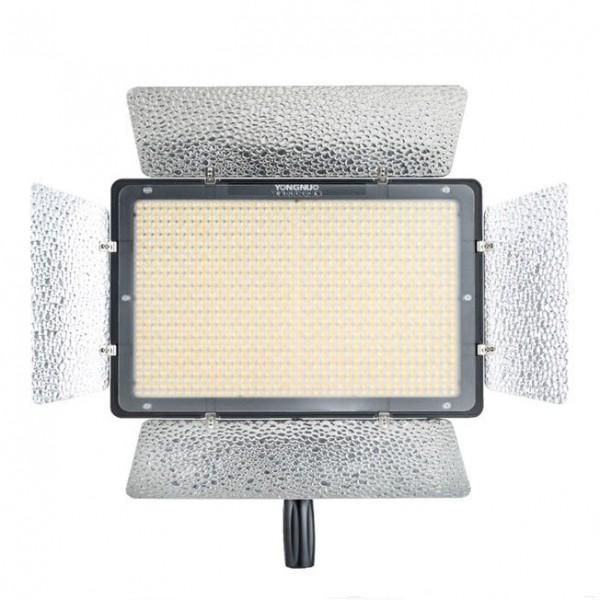 Светодиодный осветитель Yongnuo YN-1200 LED 3200-5500K