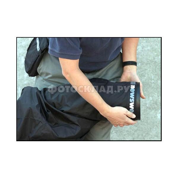 ������� Newswear Long Lens Rain Poncho for Nikon D4, D800, D800E, D700