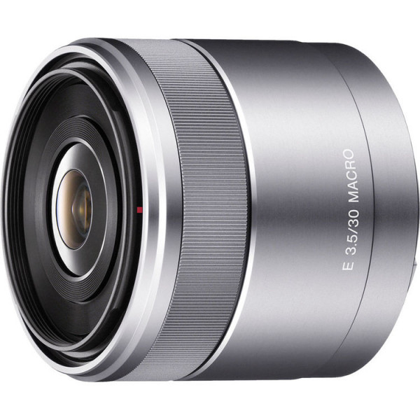 �������� Sony E 30mm f/3.5 Macro