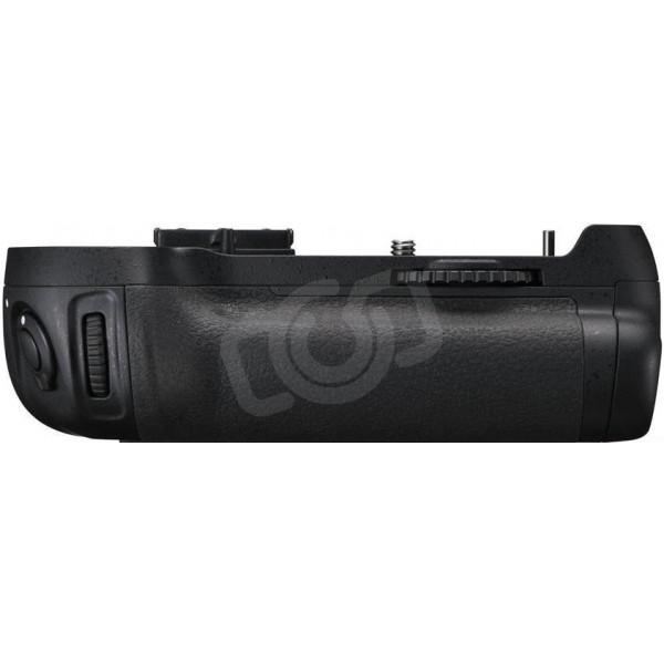 Батарейный блок Nikon MB-D12 для Nikon D800, D810